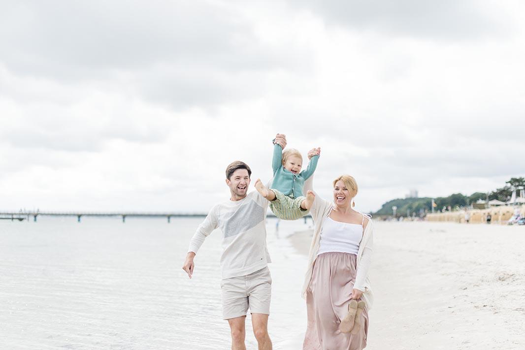 besondere-Familienbilder-Strand-10