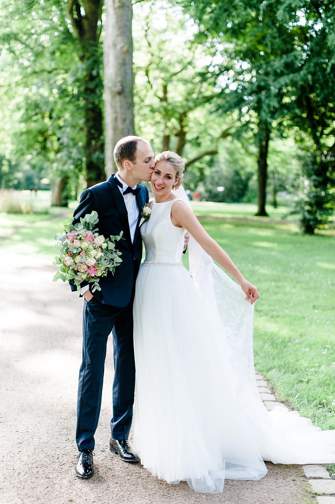 Freie Trauung in Hamburg Hochzeit in der Villa im Heine Park Hochzeitsfotograf