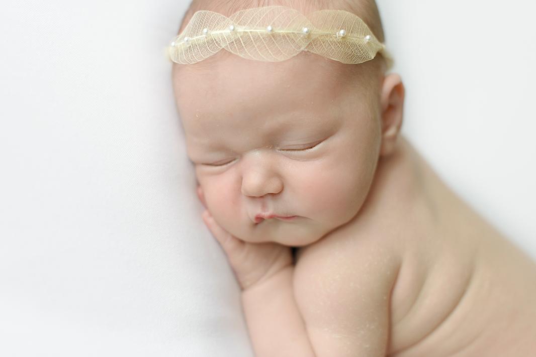 natuerliche-Babybilder-Homeshooting-Hamburg-Kathleen-Welker-Photography
