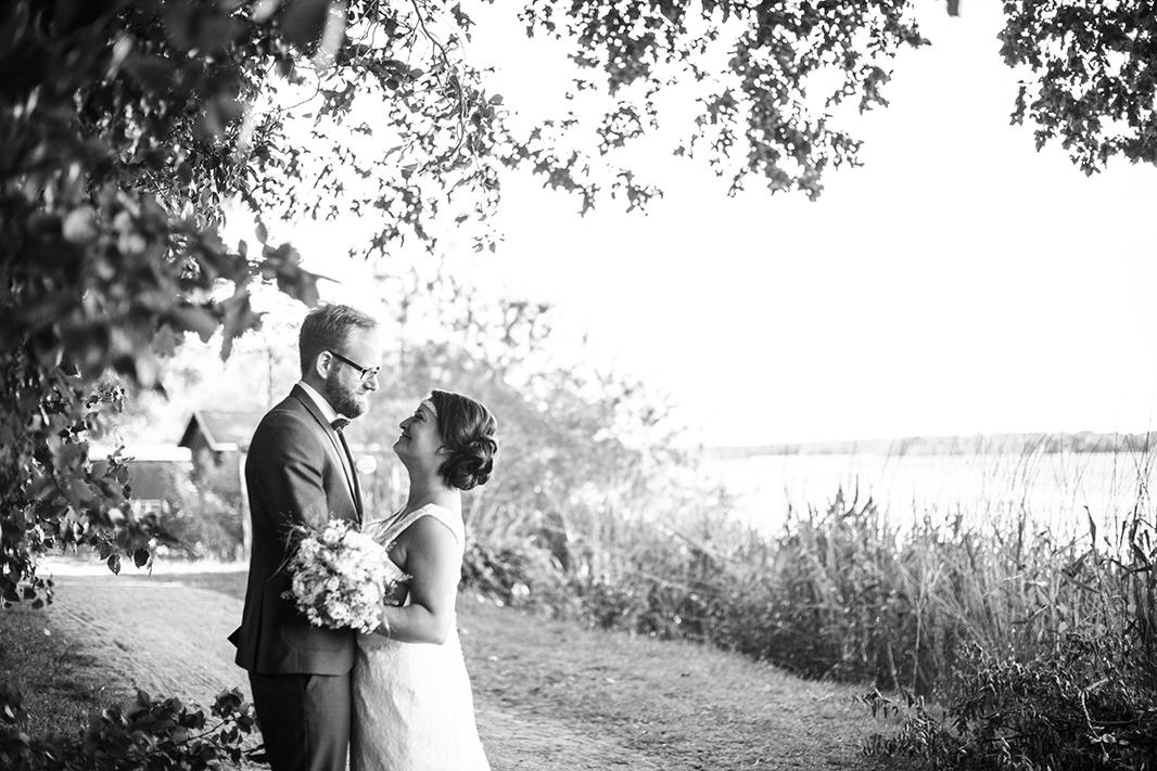 KathleenWelkerPhotography_Hochzeit-am-See-Paarfotos-Schaarlsee-Bride-Groom-Hochzeit-95