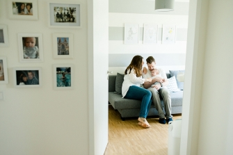 Lifestyle Homeshooting wundervolle Familienbilder In-Home-Session Hamburg